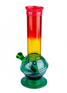 A tobacco bong (not for cannabis)