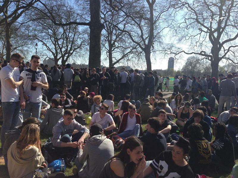 4/20 London Hyde Park